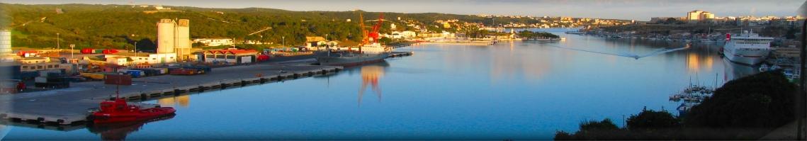 Die meisten Haar natürlichen Hafen im Mittelmeer, Panorama-Bilder der Marine-Station Port Mahon Schnee.